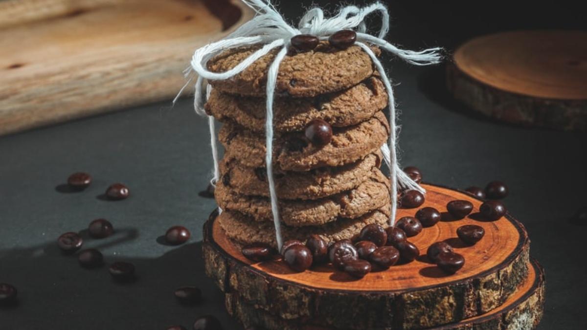 Galletas integrales caseras de café y chocolate