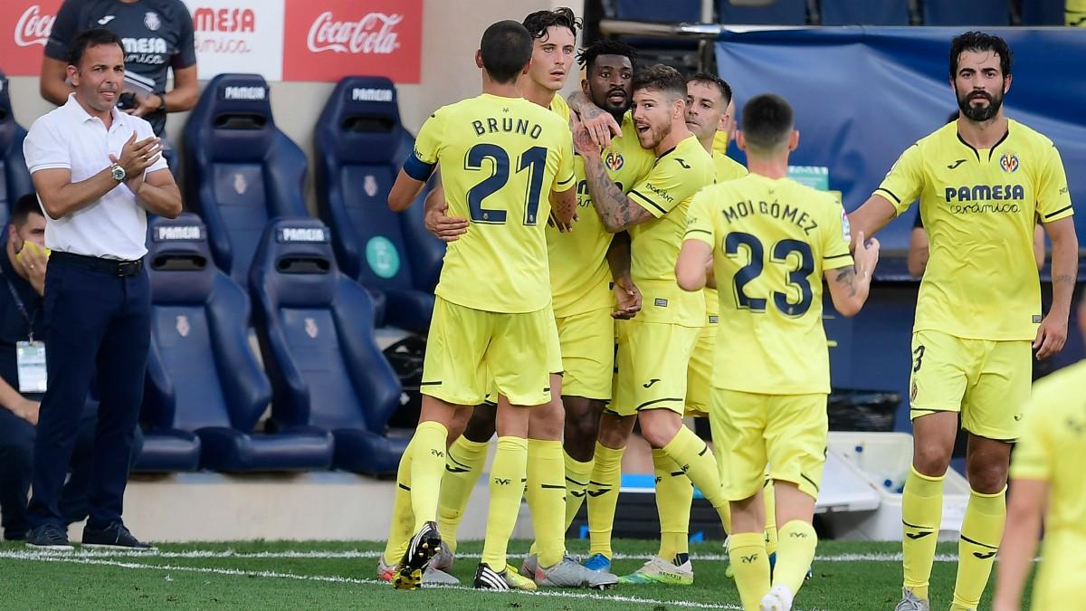 Los jugadores del Villarreal celebran un gol ante el Eibar. (AFP)