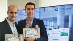 Miguel Angel Garat y Pablo Fernandez, dos emprendedores españoles afincados en Shanghai, que han creado la tecnología de purificación del aire DuctFIT