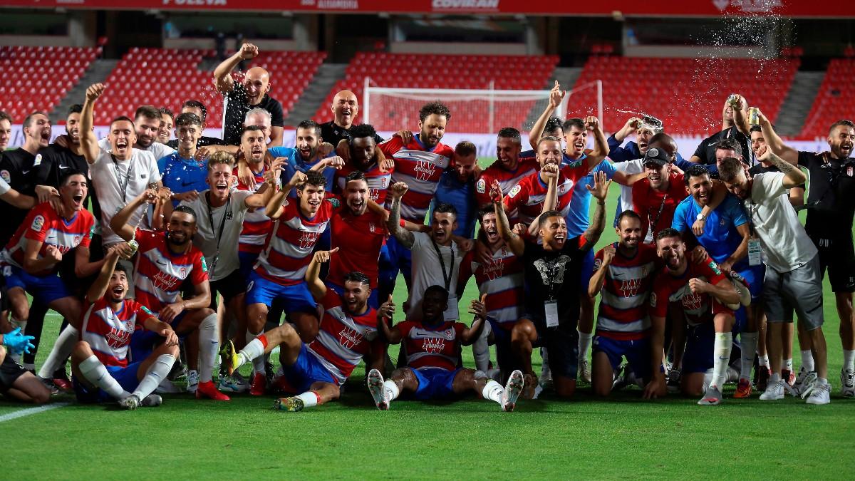 El Granada celebra su clasificación para la Europa League el próximo curso (EFE).