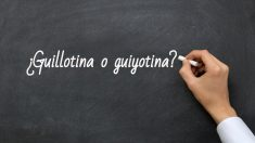 Se escribe guillotina o guiyotina