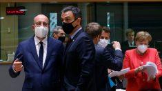 Sánchez junto a Charles Michel durante la cumbre en Bruselas.
