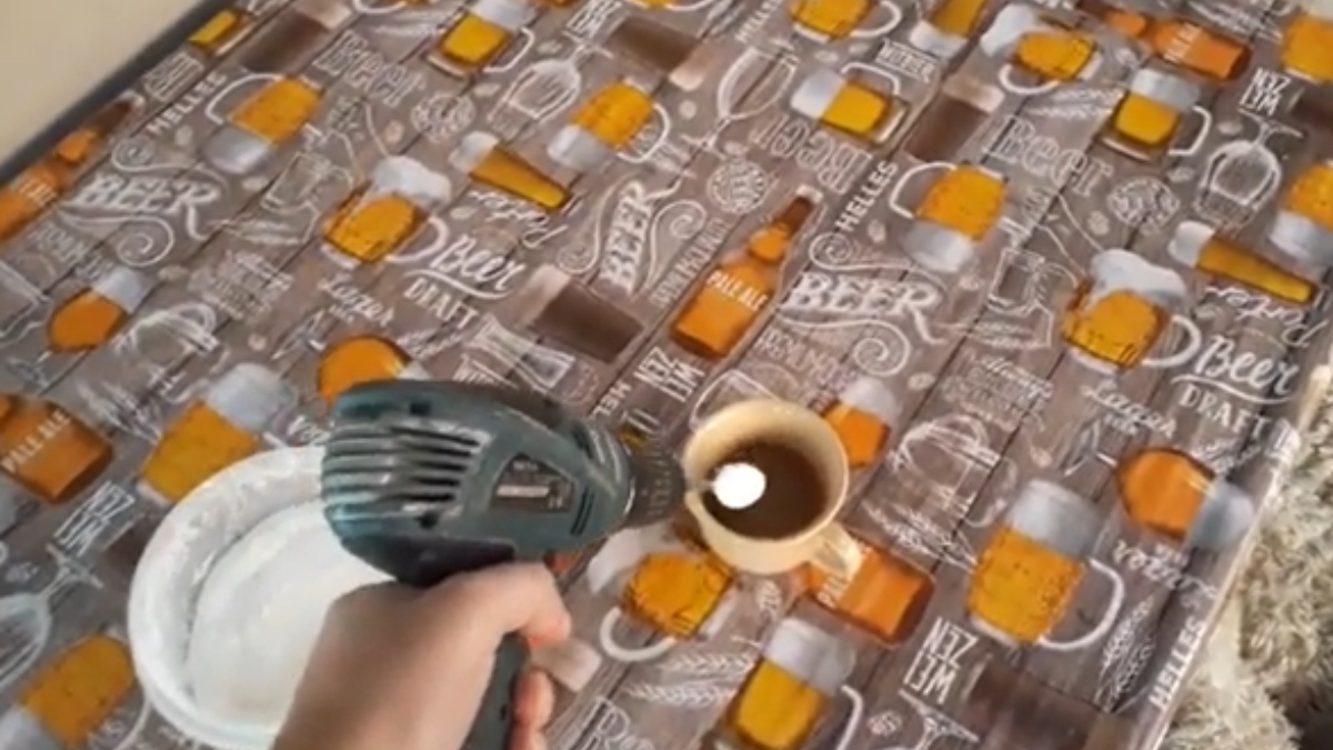 YouTube: Intenta utilizar un taladro para prepararse un capuchino en casa