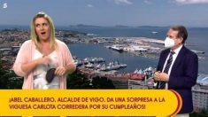 Carlota Corredera junto a Abel Caballero, alcalde de Vigo, en 'Sálvame'