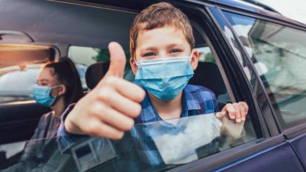 Trucos para viajar con los niños en coche y que el viaje no se les haga largo