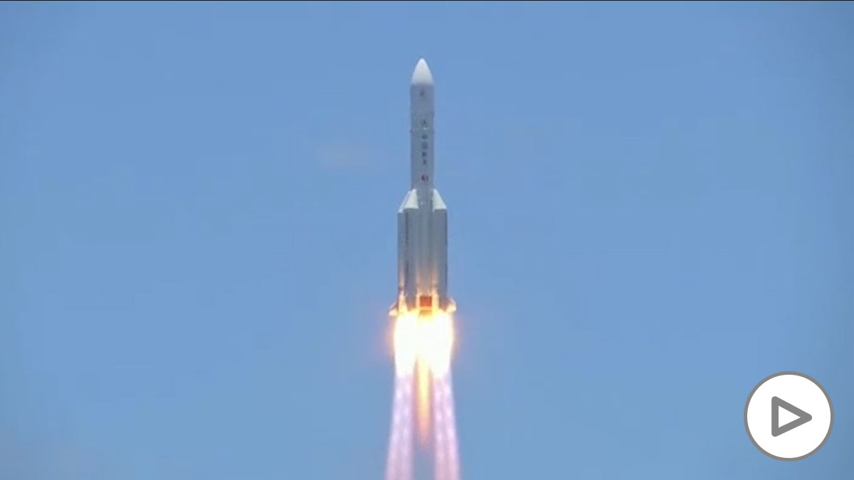 China lanza su primer cohete a Marte
