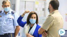 La Ministra de Defensa, Margarita Robles (c), visita a las instalaciones del Centro del sistemas Aeroespacales de Observación (CESAEROB), en la Base Aérea de Torrejón. (Foto: Efe)