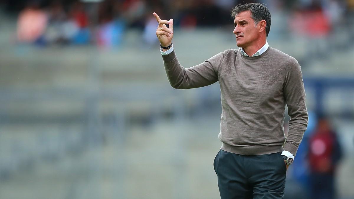 Míchel, durante un partido con el Pumas. (Getty)