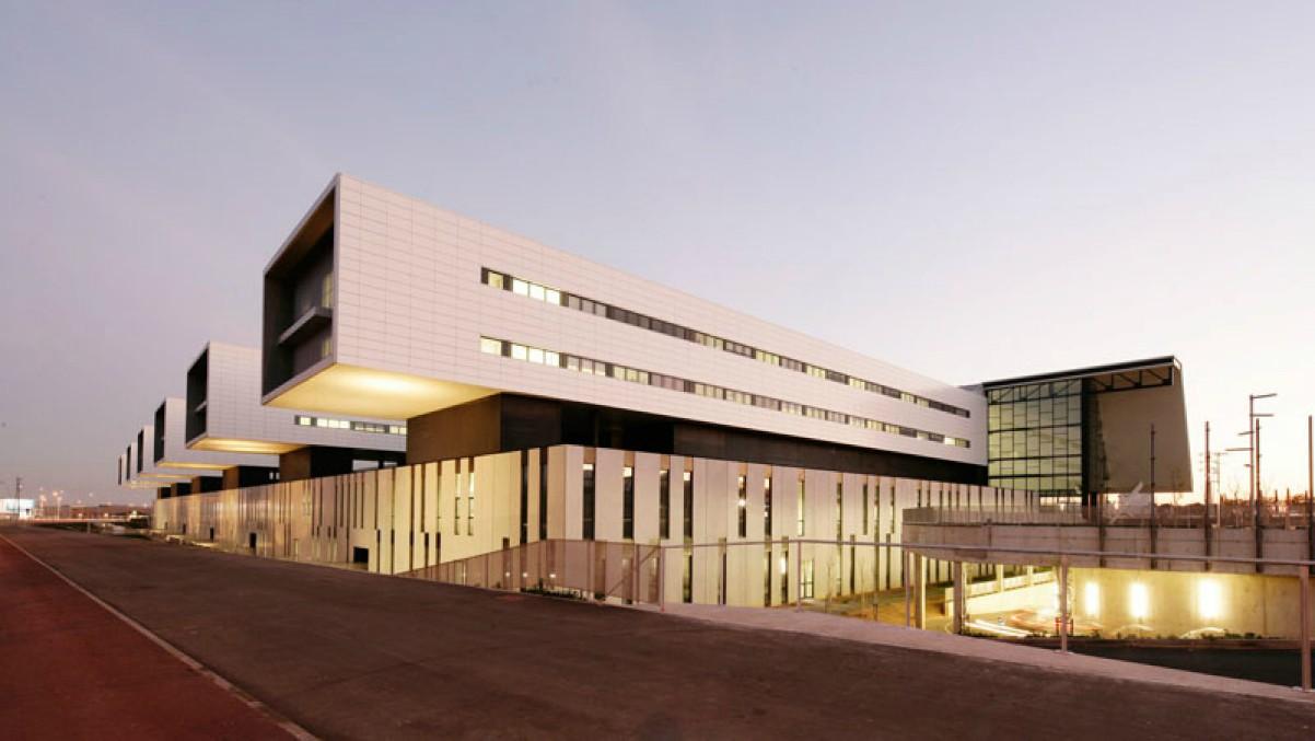 Hospital Universitario San Juan, en Reus, donde, finalmente, la mujer fue atendida.