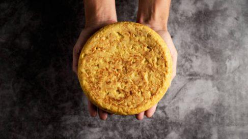 Los trucos para conseguir hacer una tortilla de patatas perfecta, como la de Betanzos