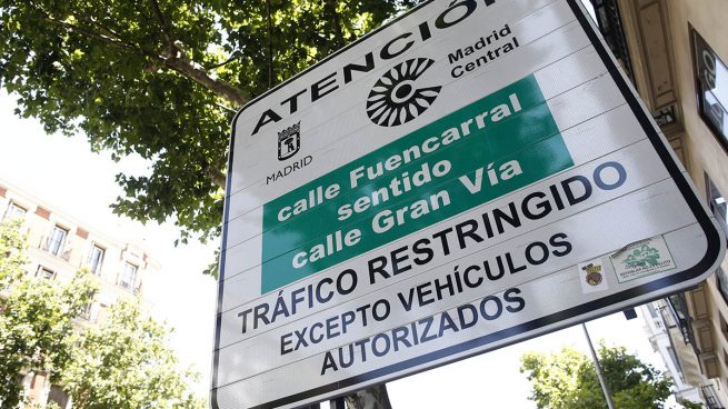 Señal indicando la entrada a la zona de Madrid Central.