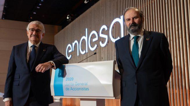 El consejero delegado de Endesa, José Bogas, y su presidente, Juan Sánchez Calero, en la junta de 2020