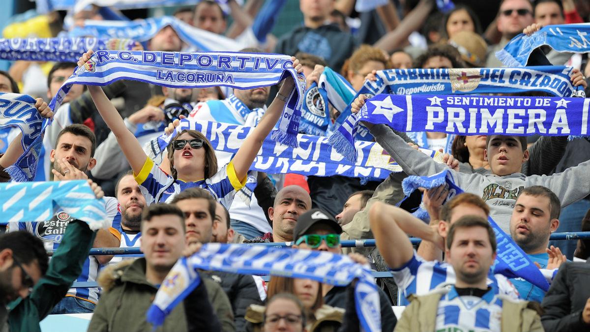 La afición del Deportivo, en un partido. (Getty)