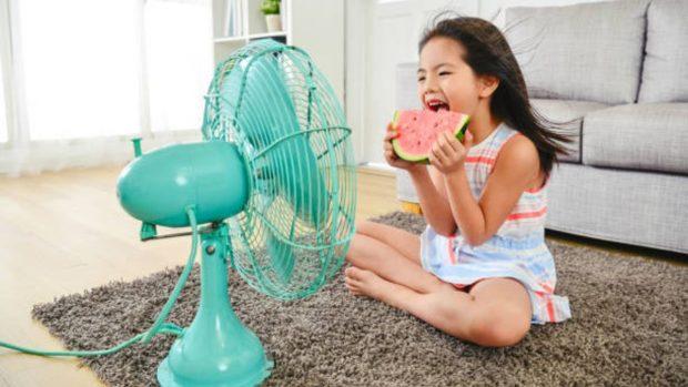 Niños en casa durante el verano: normas de limpieza y seguridad