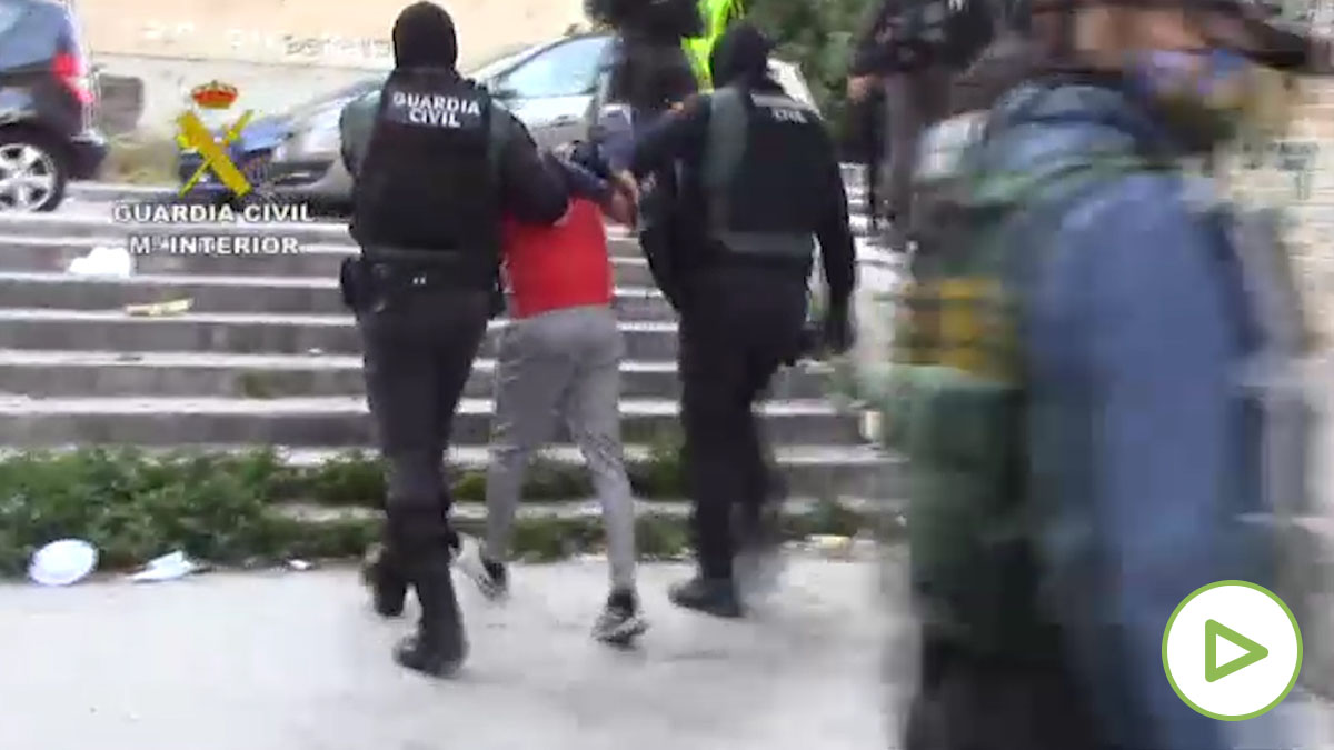 La Guardia Civil detiene a la 'Banda del Subfusil' copia