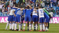 Los jugadores del Zaragoza, tras un partido. (Foto: Real Zaragoza)