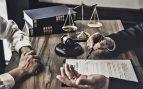 Avalancha de consultas de empresarios a los bufetes para reestructurar sus negocios ante el caos de los ERTE