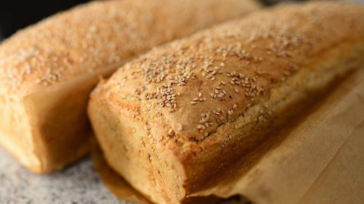 Receta de pan de avena, sésamo y plátano