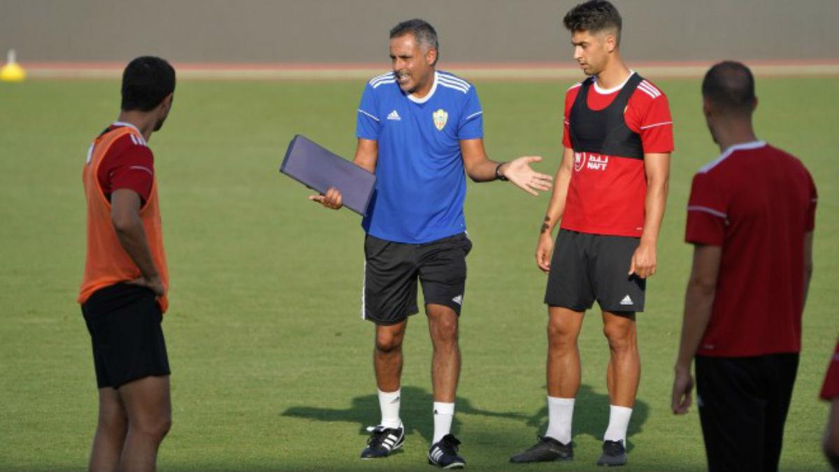 Entrenamiento del Almería, con José Gomes al mando. (udalmeriasad.com)