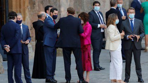 Núñez Feijóo y el resto de presidentes en San Millán de la Cogolla (La Rioja). (Foto: Efe)