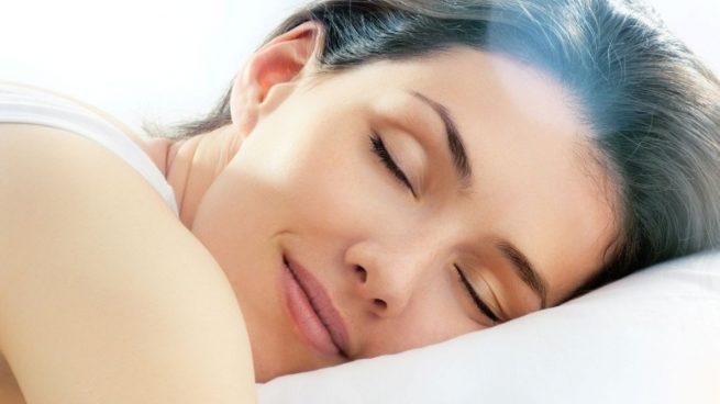 Ola de calor: 5 consejos para dormir bien y lograr un descanso de calidad