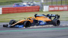 Pinchazo de Carlos Sainz en la última vuelta del GP de Gran Bretaña. (Getty)