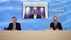 Francisco Botas y Juan Carlos Escotet con Abanca