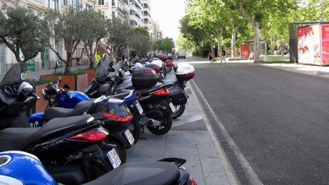 Aparcamiento para motocicletas en Valladolid.