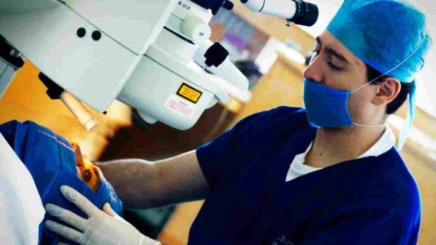 Cirugía en ojos
