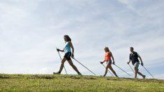 La marcha nórdica es perfecta para ponerse en forma y disfrutar de la naturaleza