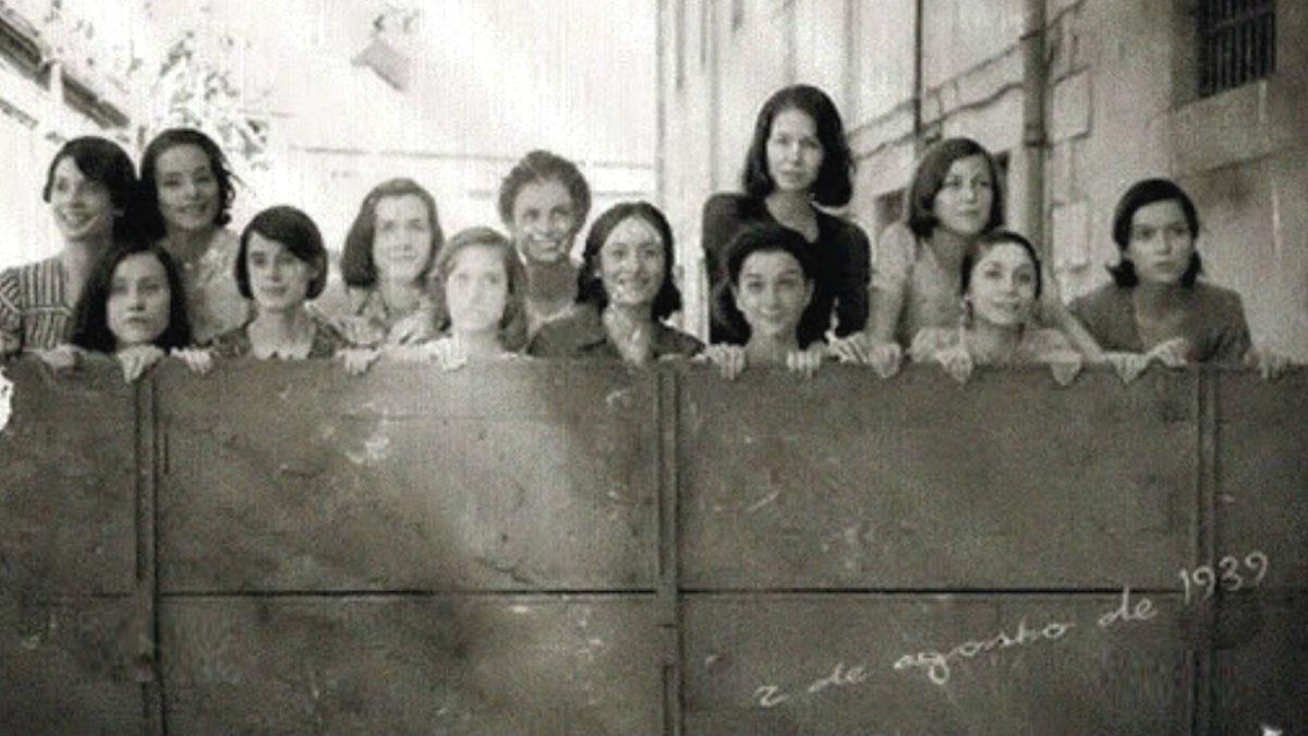 La foto de la película 'Las 13 rosas' que Irene Montero ha colgado en Twitter.