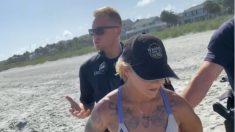 Facebook: Detenida por ir a la playa en tanga después de ser denunciada por otra mujer