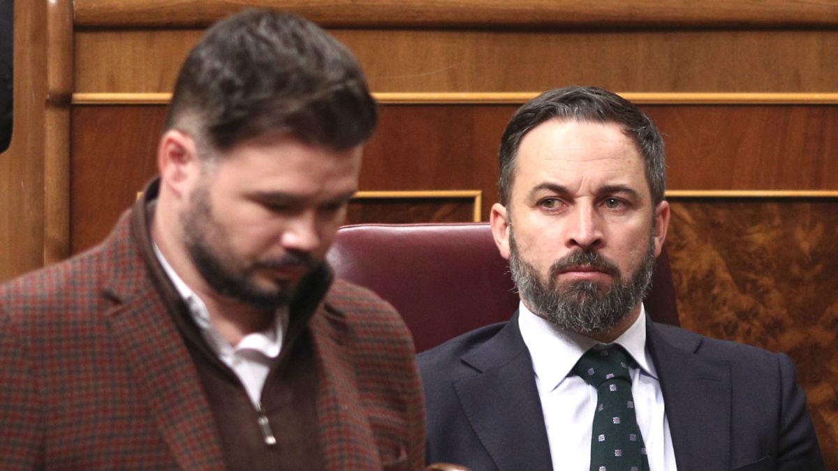 El presidente de Vox, Santiago Abascal, y el portavoz de ERC en el Congreso, Gabriel Rufián. (Foto: Europa Press)