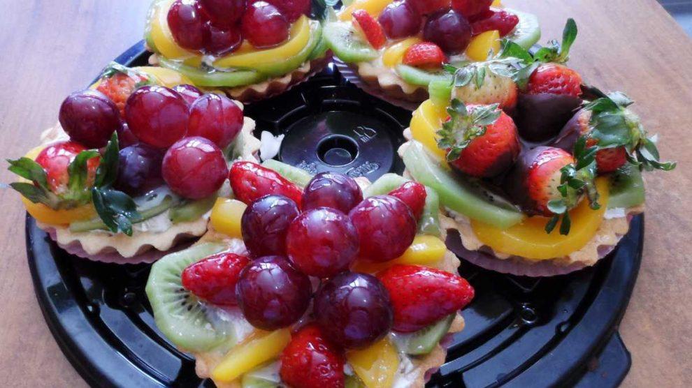 Receta de Tartaletas de uva y crema pastelera