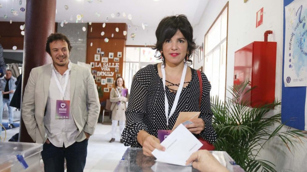 Teresa Rodríguez y José María González Kichi.