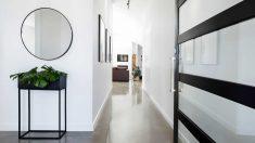 El pasillo es un lugar de paso que se puede decorar de forma original fácilmente