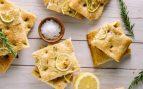 Receta de focaccia de limón con romero