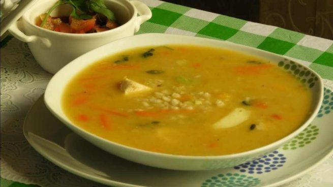 Trigo sarraceno con verduras y frutos secos al estragón