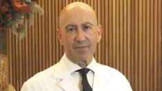 El urólogo Juan-Evangelista Ruiz de Burgos se presenta al Colegio de Médicos de Madrid. (Foto: LYX Instituto de Urología en Madrid)
