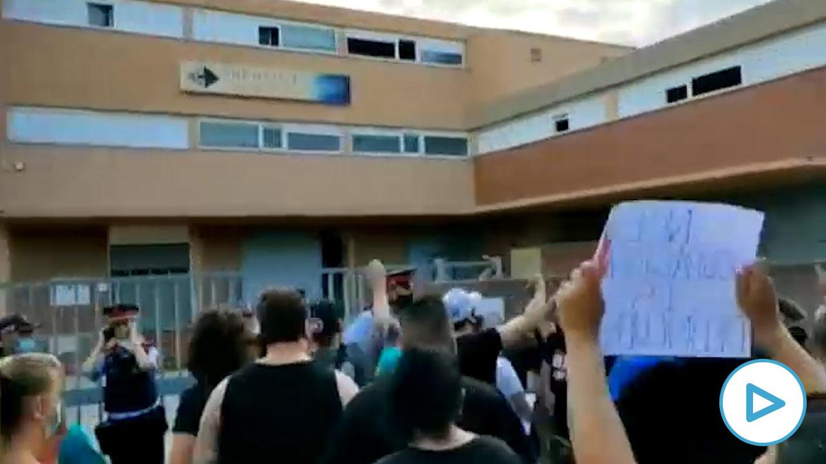 Los vecinos de Sant Joan Despí se levantan contra los okupas