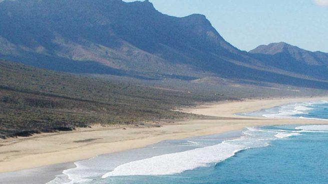 5 playas salvajes de España para relajarte este verano