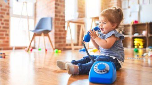 Las etapas que destacan en el desarrollo del lenguaje en el niño