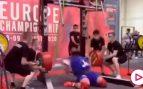 Escalofriante: un halterófilo se parte las dos rodillas al intentar levantar 400 kilos