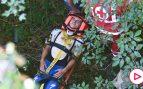 Terrible caída de Evenepoel por un puente en el Giro de Lombardía