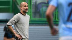 Guardiola, en el partido contra el Lyon. (AFP)