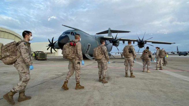 25 militares desde senegal