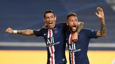 Di María y Neymar celebran el 0-2 del argentino ante el Leipzig. (AFP)