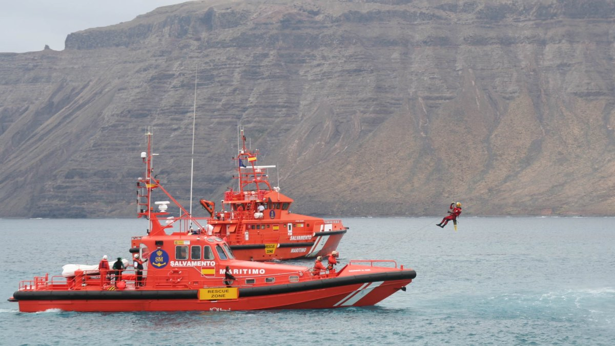 Formaliza la denuncia la familia del desaparecido en la mar de Isla Cristina
