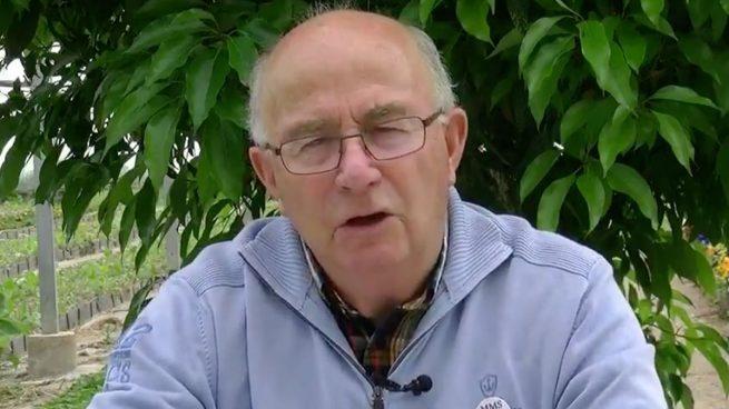 El curandero negacionista Pàmies se vanagloria de que la policía no actuó en la concentración que convocó