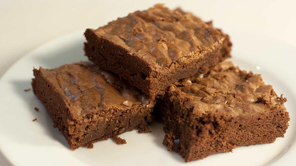 Receta de Brownie de boniato y dátiles